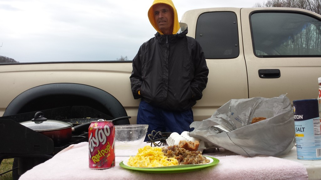 Quiet Paul's trail magic: fresh scrambled eggs, hashbrowns, muffins and oranges right on the trail!
